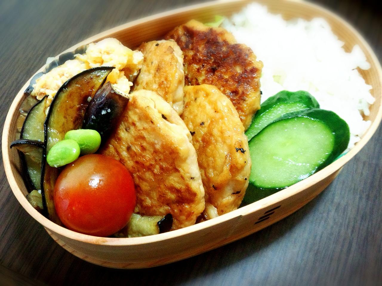 きょうのおべんとう「豆腐と鶏挽き肉のつくね」