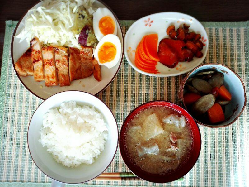 きょうのおひる「味噌豚焼き定食」