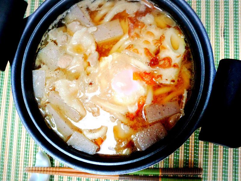 きょうのおひる「味噌煮込みうどん」