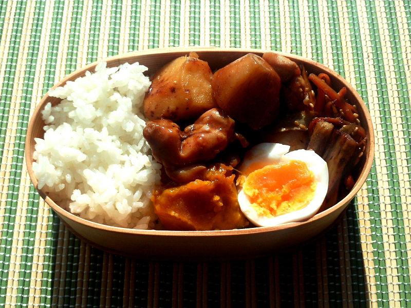きょうのおべんとう「里芋のこっくり煮」
