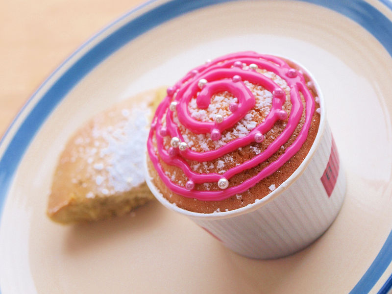 <今日は母の日>手作りカップケーキ!!