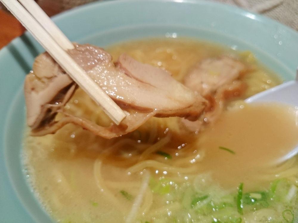 さっぱり鶏塩ラーメンのお店「らーめん古寿茂 海老名店」
