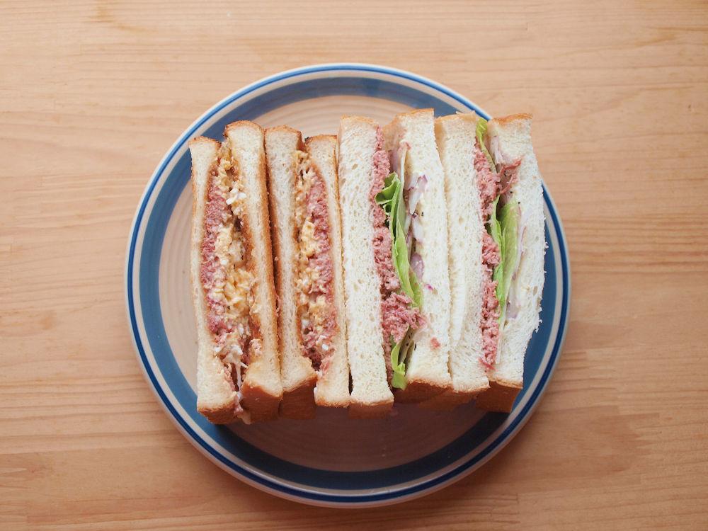 きょうのおひる「コンビーフサンドイッチ」