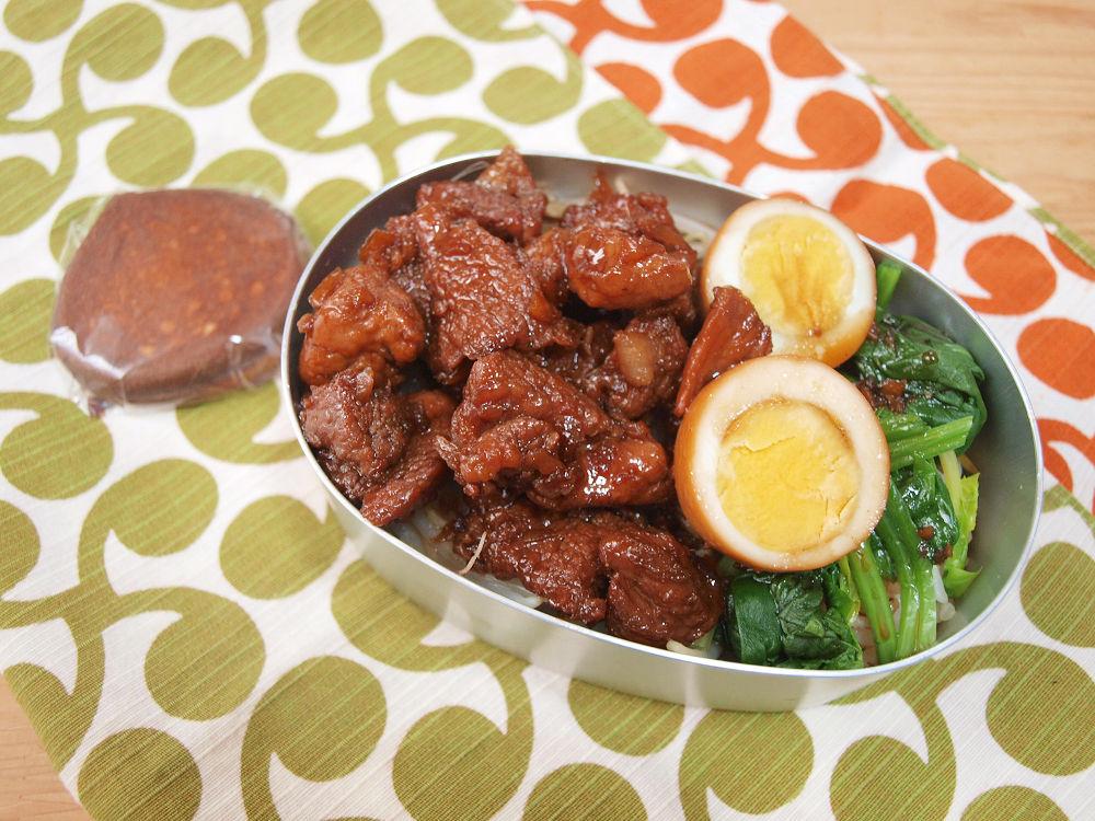 きょうのおべんとう「魯肉飯」