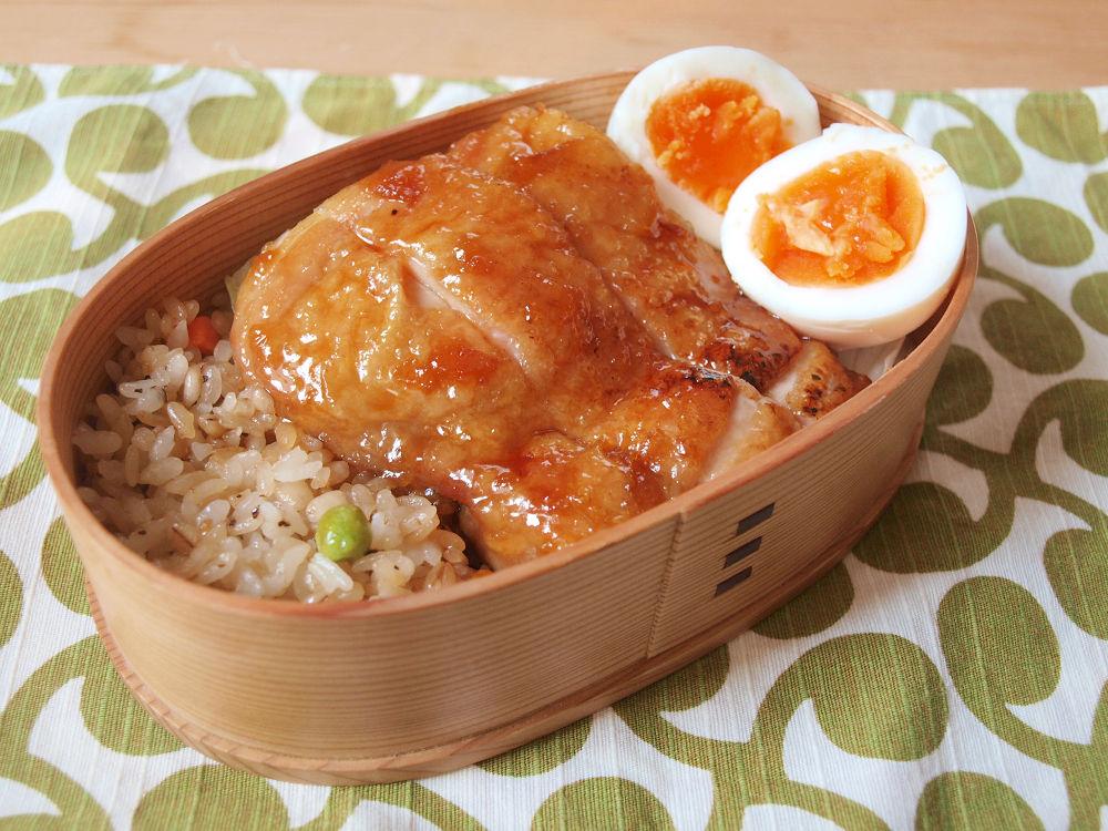 きょうのおべんとう「鶏の照り焼き」